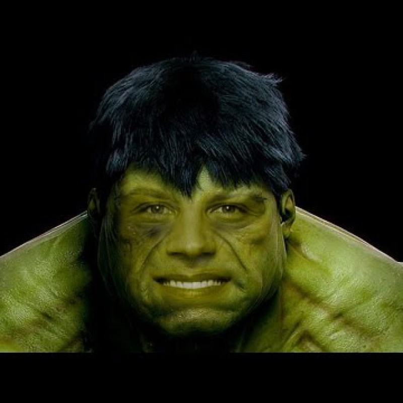 สอน Photoshop :  Hulk Transformation