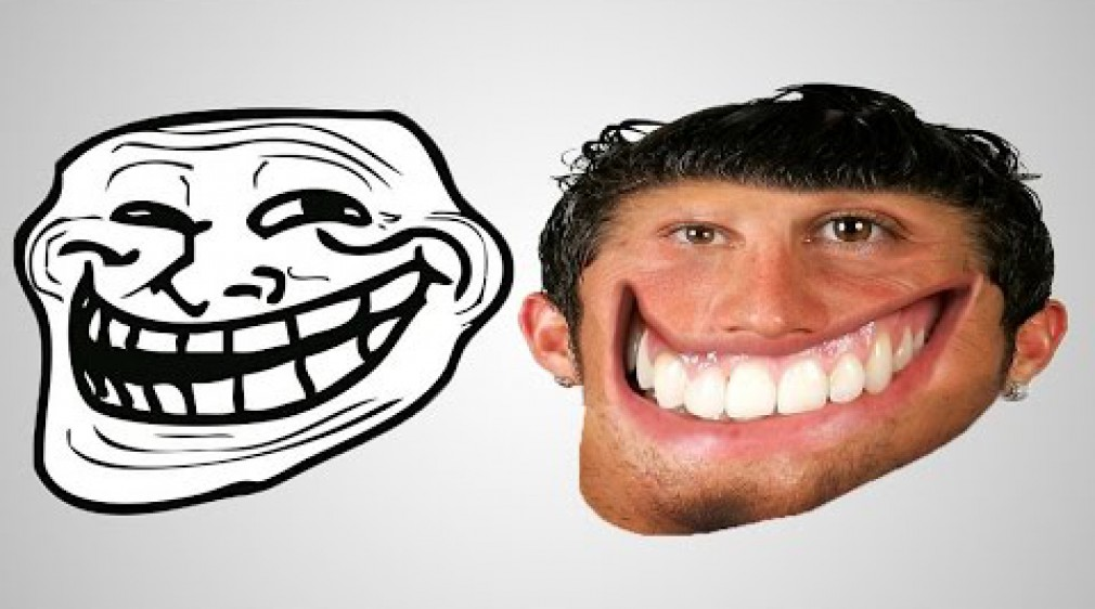 สอน Photoshop : Transform Man into Mr Troll