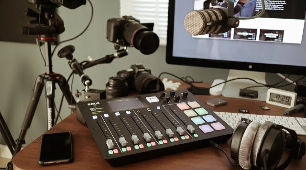 2how Unbox : RodeCaster Pro & Pod Mic